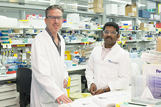 Dr Axel Kallies and Dr Ajith Vasanthakumar in the laboratory