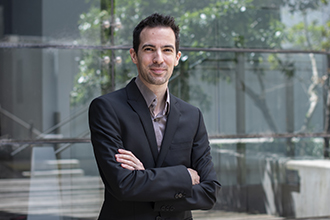 Photograph of Cyril Seillet outside WEHI