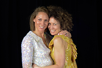 (L-R) Sisters Ellie Rogers and Lisa Bardas