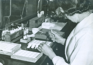 Fannie Williams in the laboratory