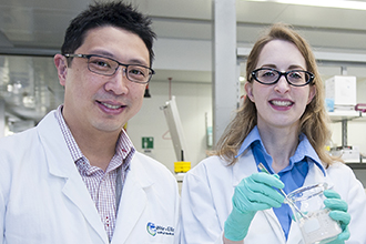 Dr Jason Tye-Din and Dr Emma Halmos