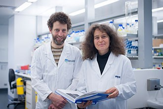 Dr Anne Voss (right) and Dr Tim Thomas have found a 'switch' that modifies a gene essential for normal heart development.