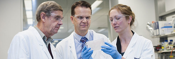 (L-R) Professor Tony Burgess, Associate Professor Peter Gibbs and Dr Tracy Putoczki