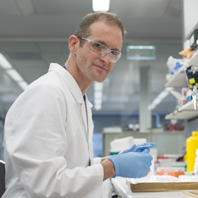Dr Simon Chatfield in the lab