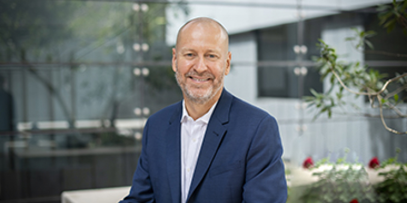 Institute director Professor Doug Hilton AO.