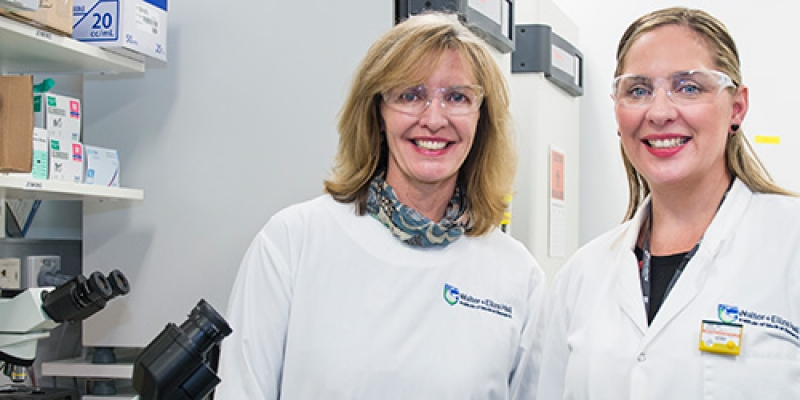 Liz Dawes with Dr Misty Jenkins in a laboratory