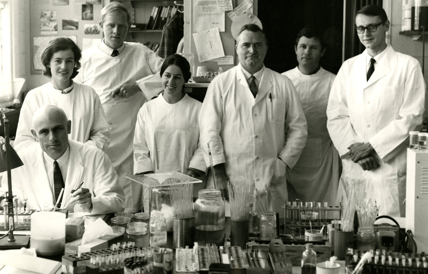 Photograph of Cellular Immunology staff taken in 1967/68