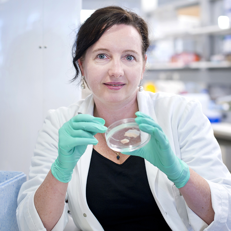 Dr Lorraine O'Reilly in the lab